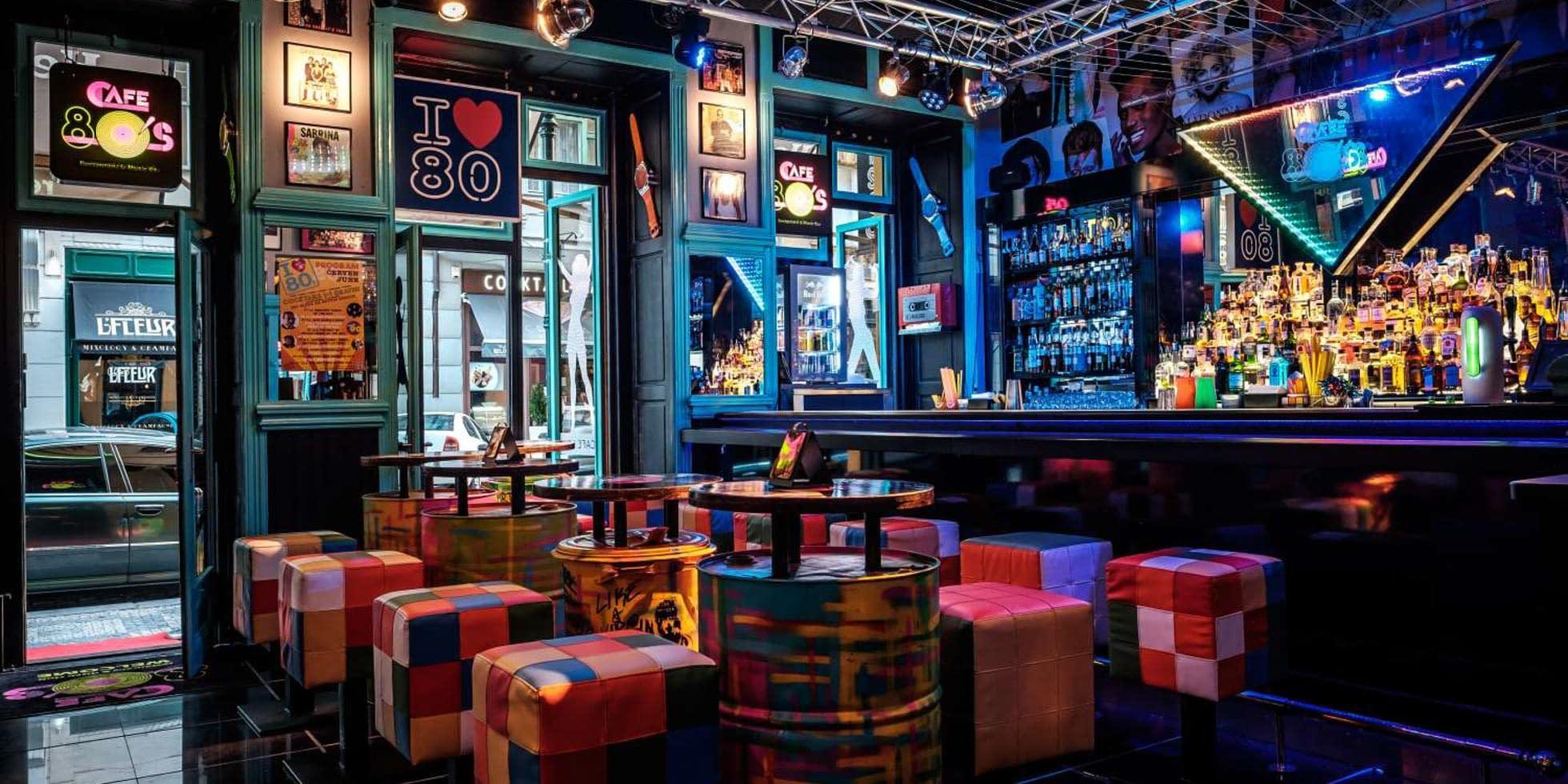 Cafe 80s interior